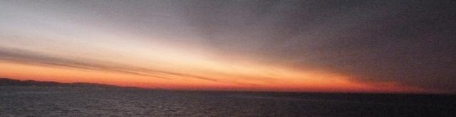 Vers Barcelone, lever de soleil.